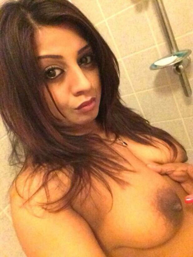 sexy girls naked sexting