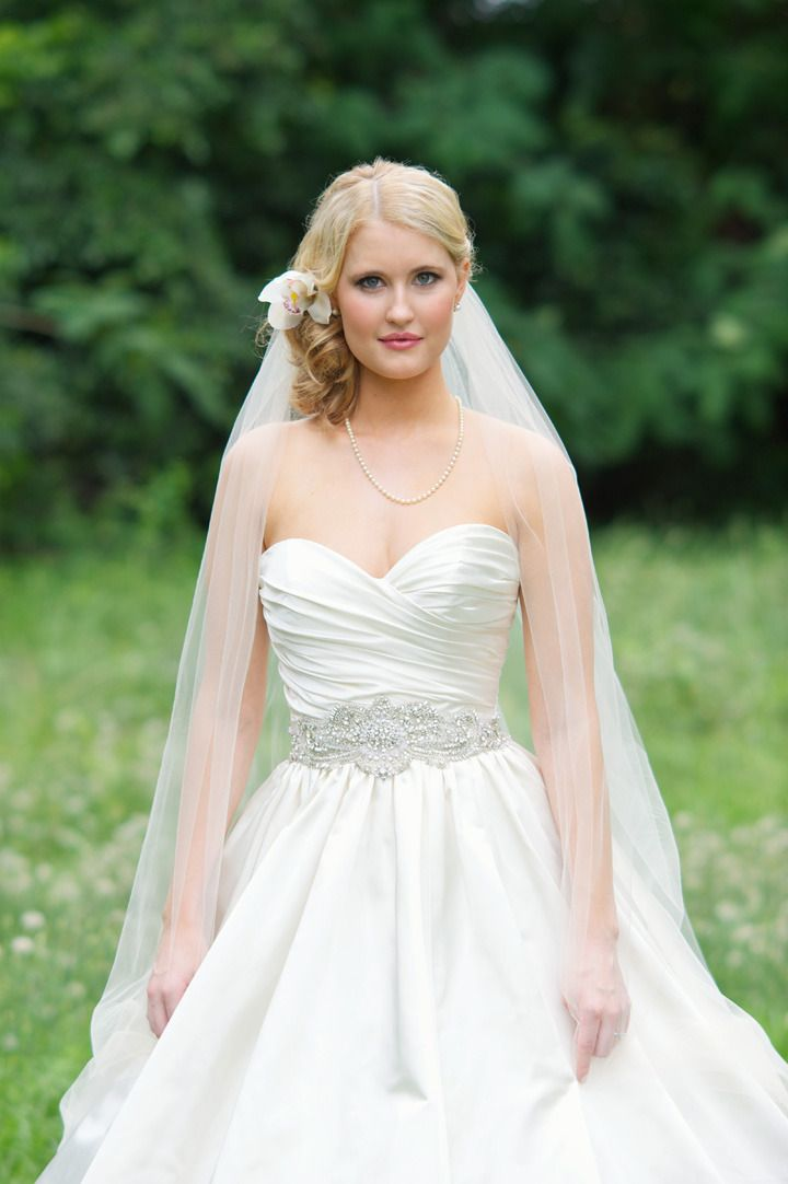 337 best Wedding Dresses images on Pinterest | Homecoming dresses ...