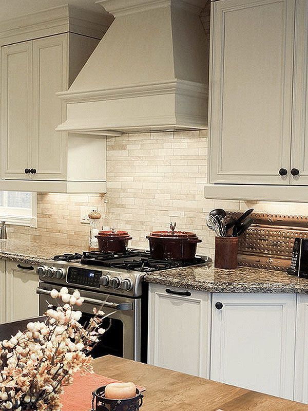 BA1092 Light ivory travertine kitchen backsplash tile
