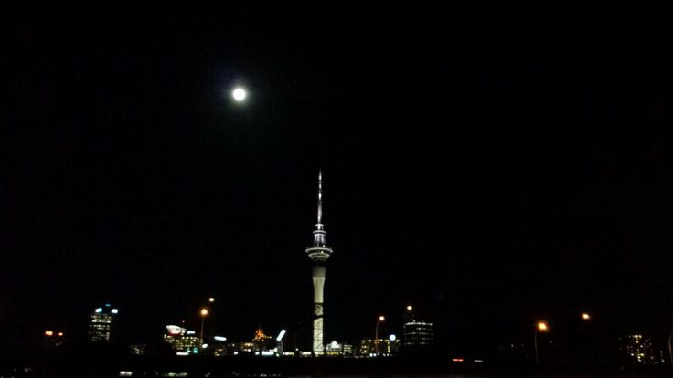 Full moon on Friday 13th, Sky Tower