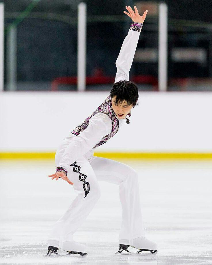 yuzuru hanyu autumn classic international 2016 sp let 39 s go crazy figure ice skating. Black Bedroom Furniture Sets. Home Design Ideas