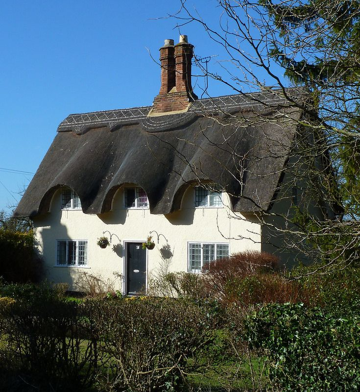 Thatched Cottage at Old Warden - Bedfordshire, England. I lived in Bedfordshire for 3 yrs.  Loved every minute.  Great memories.