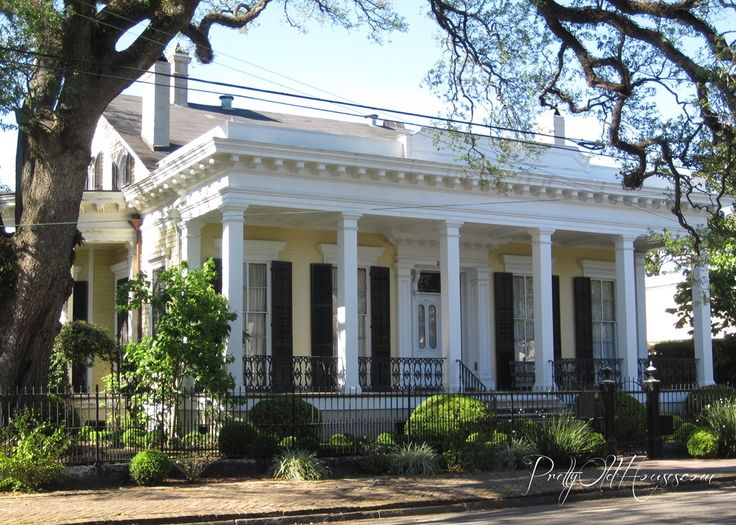 New Orleans Garden District Homes Pretty Old Houses Of The Garden District New Orleans There