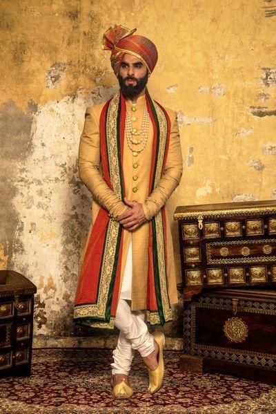 The 25+ best Indian groom wear ideas on Pinterest | Sherwani groom ...