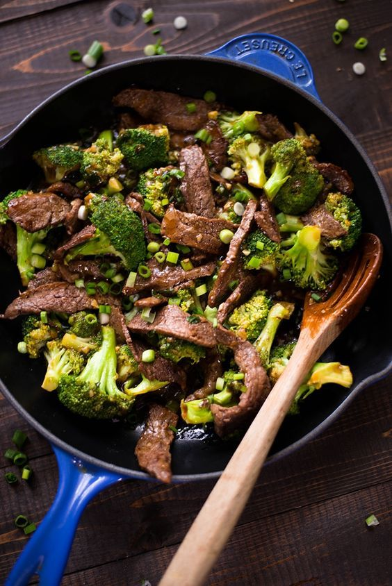 35 Easy Weeknight Dinners - Healthy Beef With Broccoli recipe