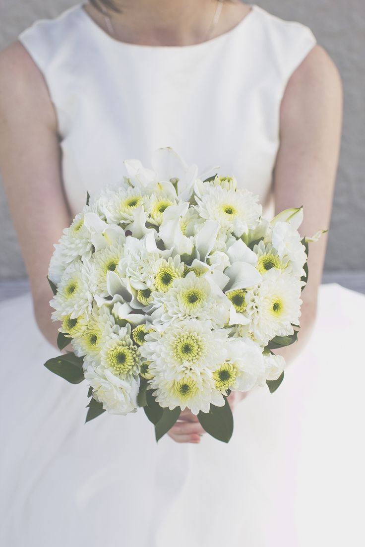 25+ best ideas about Chrysanthemum Bridal Bouquet on ...