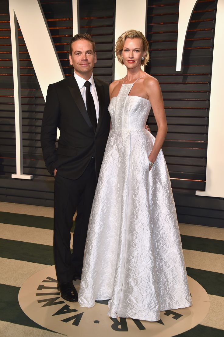 21st Century Fox CEO and the Executive Chairman Lachlan Murdoch (L) and model/actress Sarah Murdoch attends the 2017 Vanity Fair Oscar Party hosted by Graydon Carter at Wallis Annenberg Center for the Performing Arts on February 26, 2017 in Beverly Hills, California. (Photo by Pascal Le Segretain/Getty Images)  via @AOL_Lifestyle Read more: https://www.aol.com/article/entertainment/2017/02/26/vanity-fair-oscars-party-2017-red-carpet-arrivals/21722268/?a_dgi=aolshare_pinterest#slide=4460146