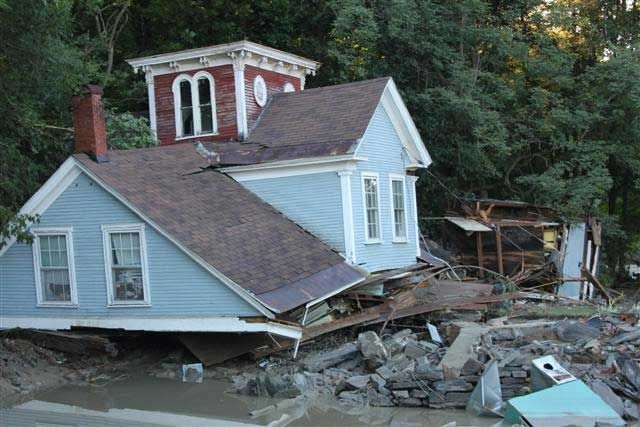 """Extreme Weather Can't 'Surprise' Insurance Companies - Severe weather has been clobbering insurance companies, and the headlines just keep coming. """"Drought to cost insurers billions in losses,"""" said the Financial Times a few days ago. """"Many U.S. hurricanes would cause 10 billion dollars or more in losses in 2012 dollars,"""" the Boston Globe said about the latest hurricane forecasts. """"June's severe weather losses near 2 billion dollars in U.S.,"""" said the Insurance Journal earlier this year."""