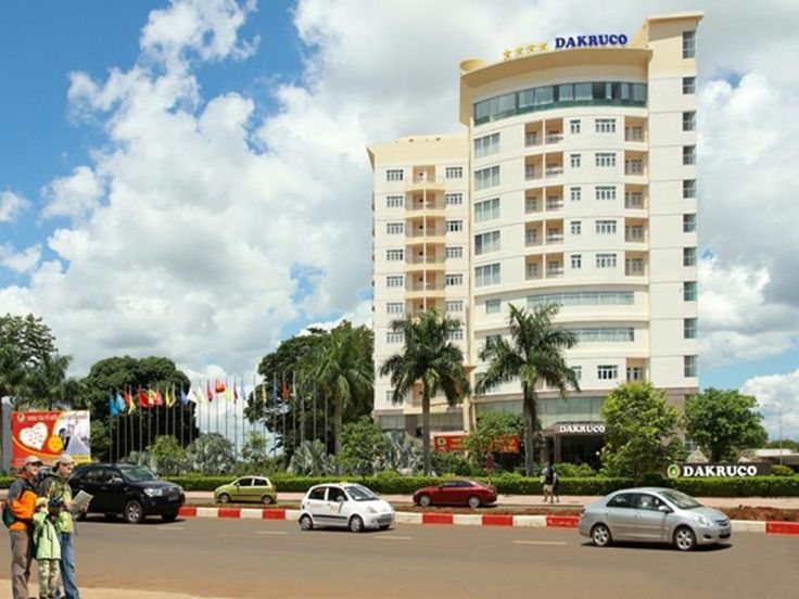 Buon Ma Thuot Dakruco Hotel Vietnam, Asia Ideally located in the prime touristic area of Buon Ma Thuot City Center, Dakruco Hotel promises a relaxing and wonderful visit. Offering a variety of facilities and services, the hotel provides all you need for a good night's sleep. Free Wi-Fi in all rooms, 24-hour front desk, 24-hour room service, facilities for disabled guests, luggage storage are just some of the facilities on offer. Television LCD/plasma screen, internet access – ...