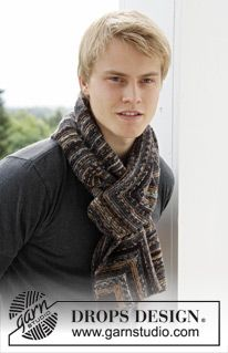 Knitted DROPS men's scarf with domino squares - Drops Fabel és Drops Cotton Merino