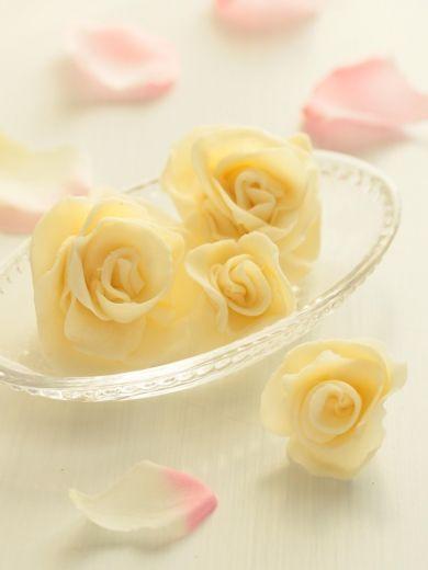 「* バラの花 *プラスチックチョコ♪」cherry♪ | お菓子・パンのレシピや作り方【corecle*コレクル】