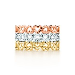 Paloma's Crown of Hearts three-row ring in 18k yellow, white and rose gold.