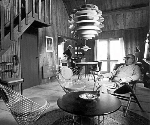 Poul Henningsen at home
