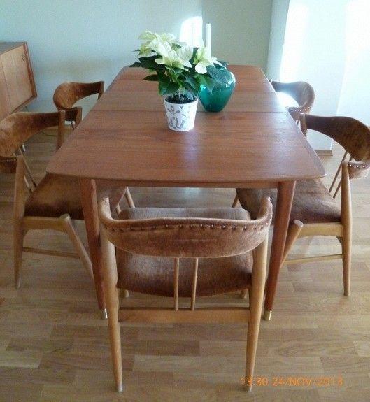 Flott teak spisestue fra 1960. Eik spisebord med 6 stoler og