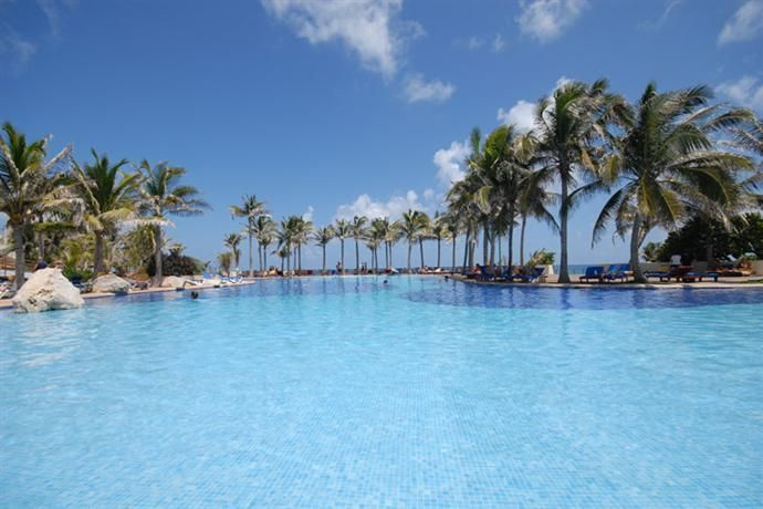 Hotel Deal Checker - Grand Oasis Cancun
