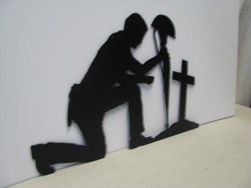 Soldier Praying 2 Metal Silhouette Wall Art Army | CabinHollow - Metal Craft on ArtFire