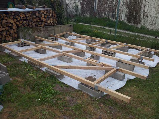 Terrasse en bois sur parpaings de 8m par 4m Projets à essayer - construction terrasse en bois sur parpaing