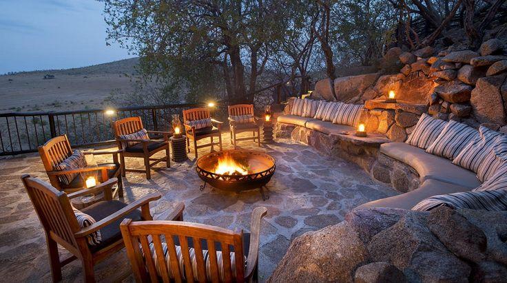 Tshukudu Bush Lodge   Bench Africa