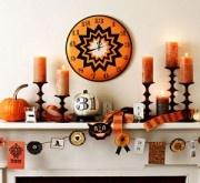 Decorating Your Fireplace Mantel for Halloween: Fireplace Mantel Halloween Decoration with scary wall-pictures | Inool.com