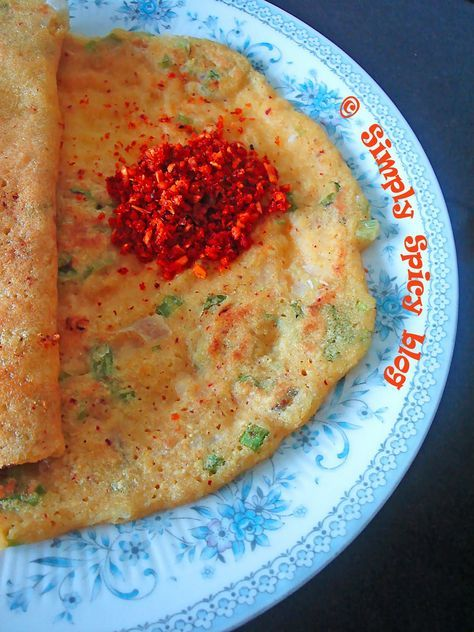 A flavorful dosa with spring onions. Rice and different dals is the base of this dosa, with a ratio of 2 :1. Dals should measure all togethe...