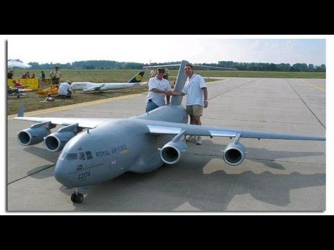 Biggest rc airplane in the world C-17 - YouTube