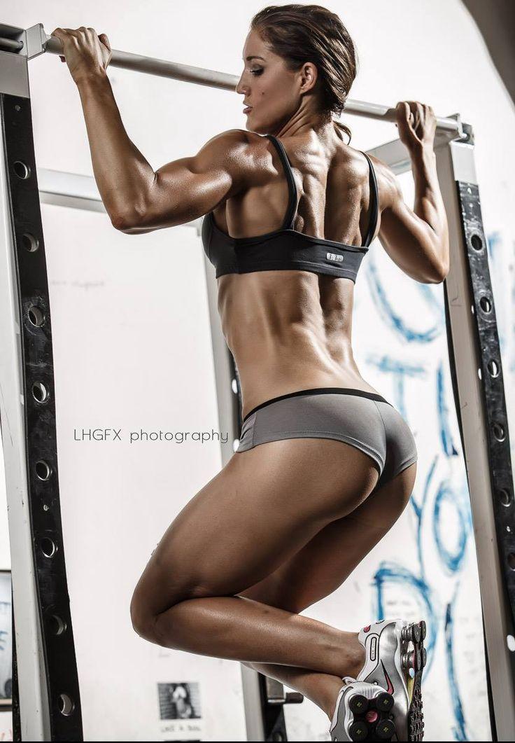 Horizon Fitness Evolve 5 Elliptical Trainer Start Dominating Katie Cole Fitness Models Female Fitness