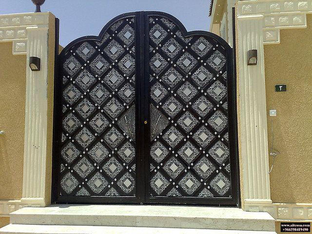 ابواب Riyadh شركة التجارة العالمية المتقدمة Aitco Iron Gate Design Door Gate Design House Main Gates Design