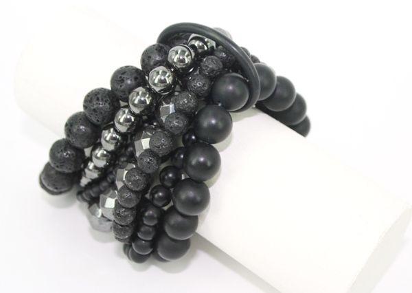 Mange armbånd samlet i gummi o-ring - materialer til lav selv smykker