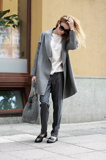 Fabiana Filippi Coat, Fabiana Filippi Shoes : Minimal + Classic