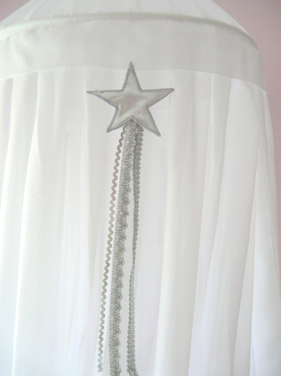Silver star made by my mother #veil #sluier #hemeltje