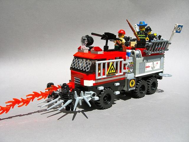 TATRA Dráček (1) Lego sets, Lego fire, Lego zombies