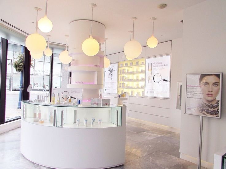 My visit to the miracle 10 skincare boutique!  www.sparkleshinylove.com