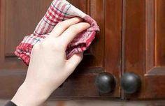 Как легко очистить кухонную мебель от жирного налета #уборка #кухня #кухоннаямебель