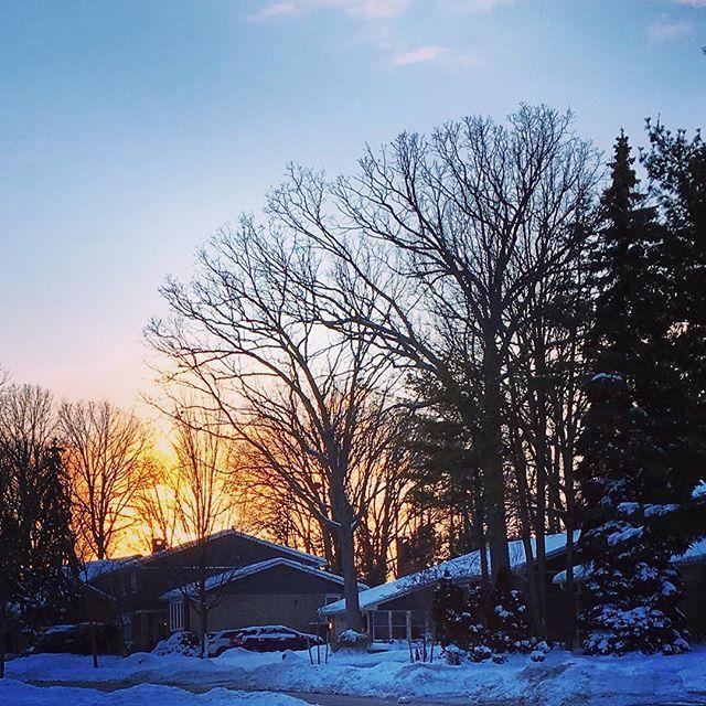 #sunset #2017 #sunday #canada #mississauga #goodbye2017 #instagood #lovenpeace #century21 #realtorlife #rao #winter #december #december31 #localrealtors - posted by Amer RAO https://www.instagram.com/amer_rao - See more Real Estate photos from Local Realtors at https://LocalRealtors.com