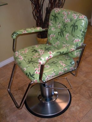super cute diy SALON CHAIR MAKEOVER using iron-on vinyl