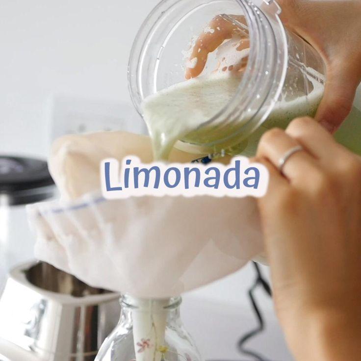 como hacer limonada de menta y jengibre, limonada casera, sin azucar, receta facil, aguas, saborizadas, limon, limonada sin azucar, menta, jengibre, #InspírateEnCasa #cuarentena #limonada Healthy Munchies, Healthy Drinks, Healthy Recipes, Lemon Water, Non Alcoholic Drinks, Deli, Lemonade, Glass Of Milk, Healthy Life