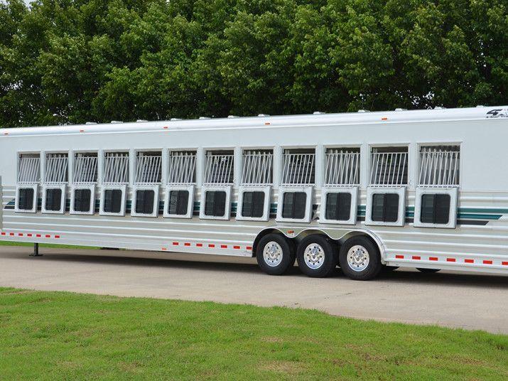 12 horses!! 4-Star Deluxe Model | CSTK Custom Trailers