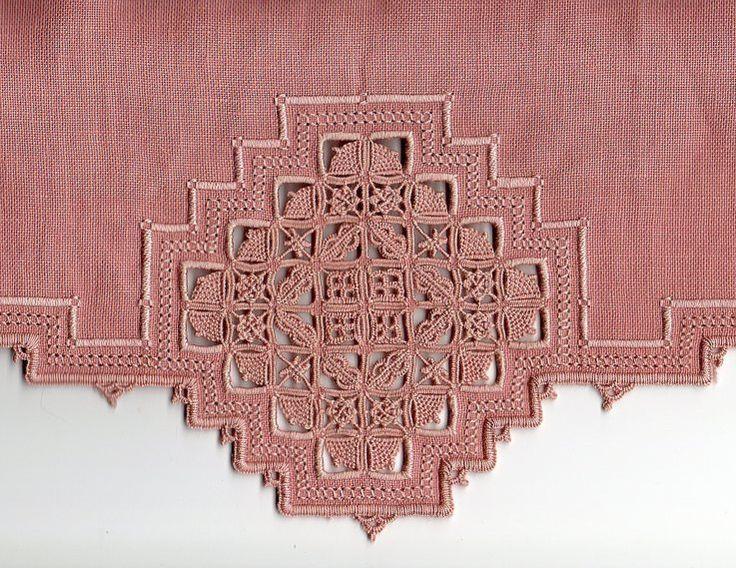 pink reticello, Mara