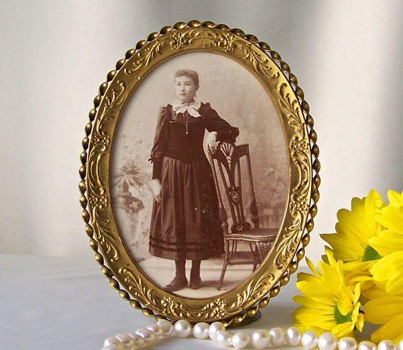 Antique Picture Frame Portrait Frame Convex Bubble Glass