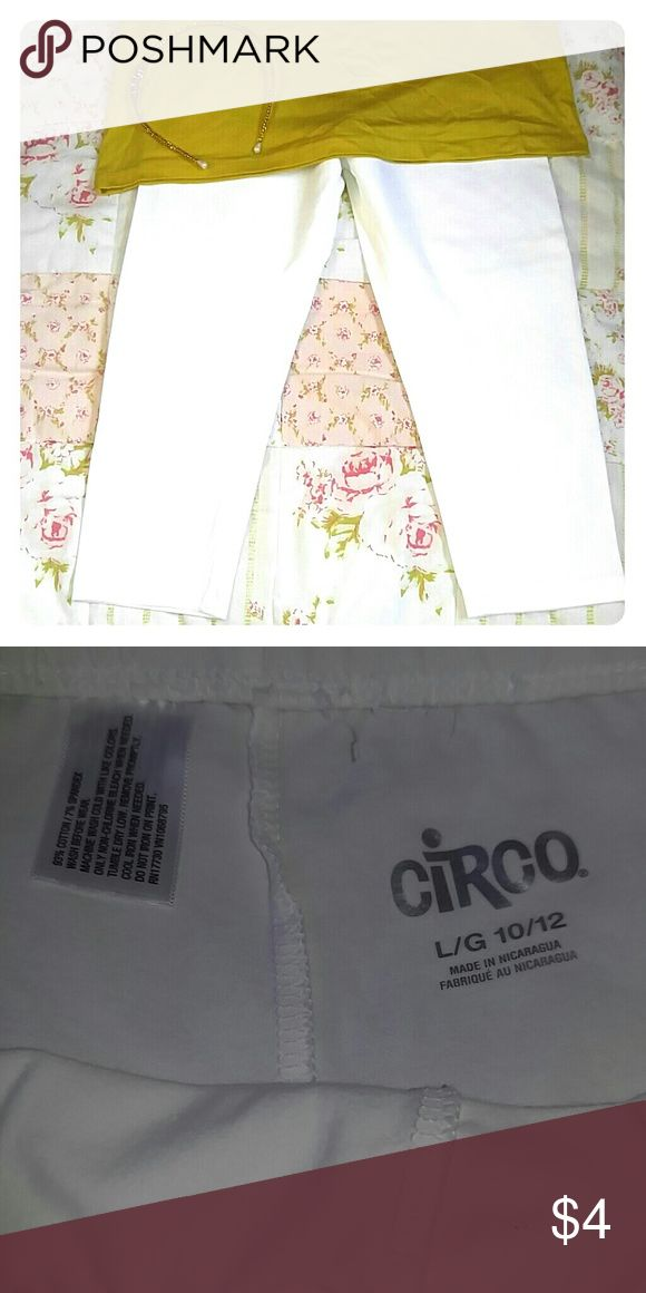 CIRCO Capri leggings New without tags, size L/G 10/12, color white, Capri leggings, 93% cotton 7% spandex, perfect for school Circo Bottoms Leggings