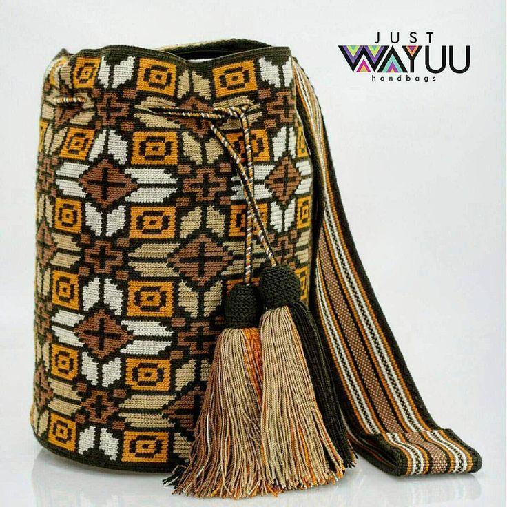 Handcrafted handbags made by indigenous wayuu in the north of Colombia. Worldwide shipping – envíos mundiales – PayPal WA +57 3188430452 #seoul #ootd #mochilas #wayuu #handmade #boho #hippie #bohemian #trendy #knitting #australia #กระเป๋าถือ #Handgjord #Handgemacht #Handgemaakt #faitmain #london #australia #wayuubags #winter #Netherlands #handcrafted #fashion #กระเป๋า #france #newyotk #日本 #california #miami #Hæklet #newyork