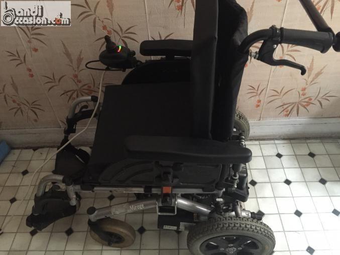 fauteuil roulant electrique annonces handi occasion pinterest fauteuil roulant electrique. Black Bedroom Furniture Sets. Home Design Ideas