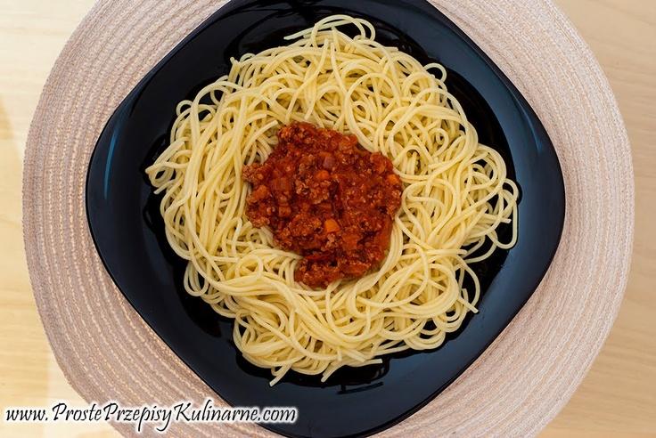 Spaghetti bolognese. Przepis: http://www.prosteprzepisykulinarne.com/2012/10/spaghetti-bolognese.html