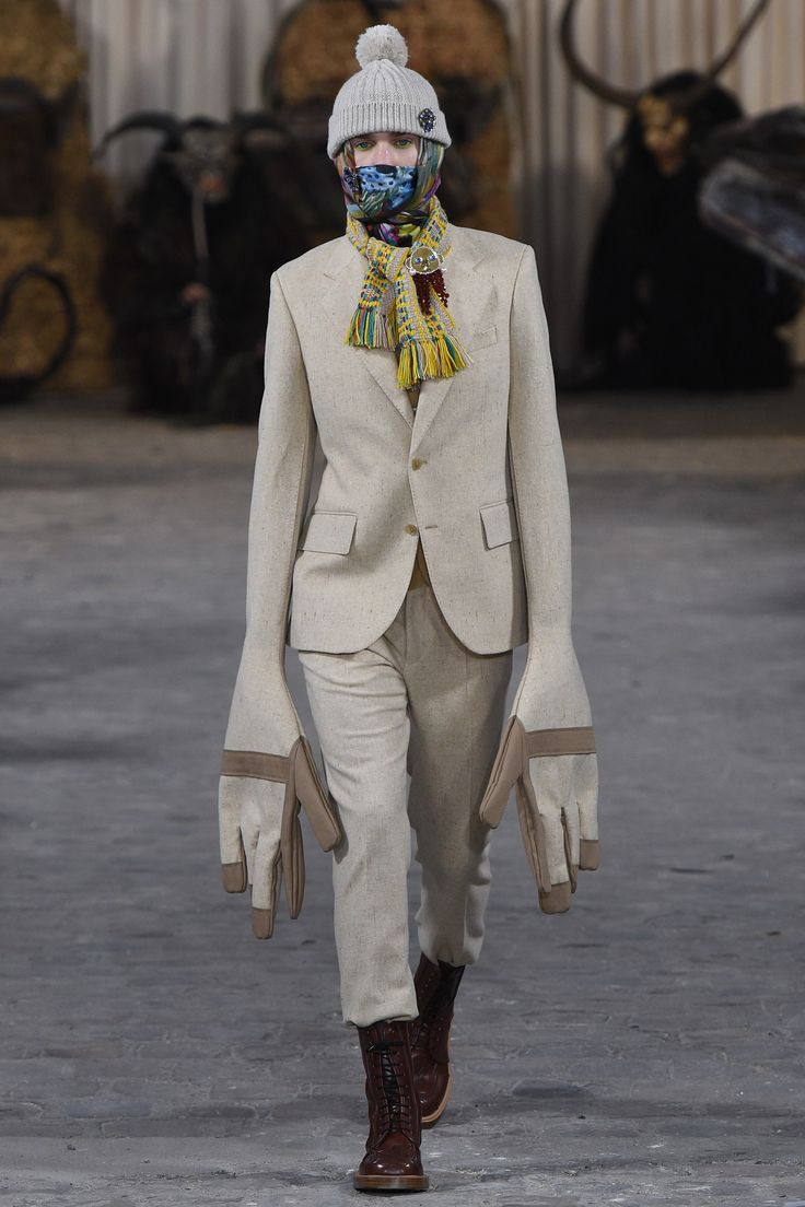 Walter Van Beirendonck Fall 2017 Menswear Fashion Show