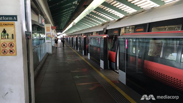Train service on East-West Line delayed due to track fault - Channel NewsAsia