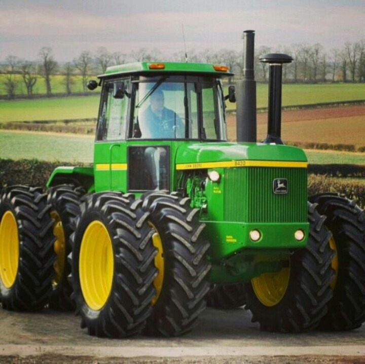 Beautiful looking John Deere 8430.Tractor replaced the 175hp 7520.8430- 215 engine hp,178 PTO hp.Introduced in 1974 with the larger 8630