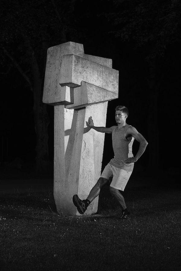 Christian Jankowski Kunstturnen, 2014 Performance still, Biel/Bienne Courtesy : Christian Jankowski Credits : Stefan Meyer