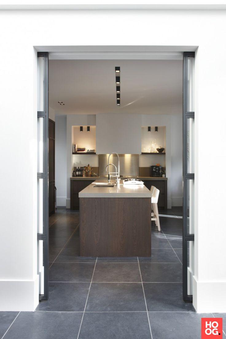 25 beste idee n over luxe keukens op pinterest grote for Design stuhl freischwinger piet 30