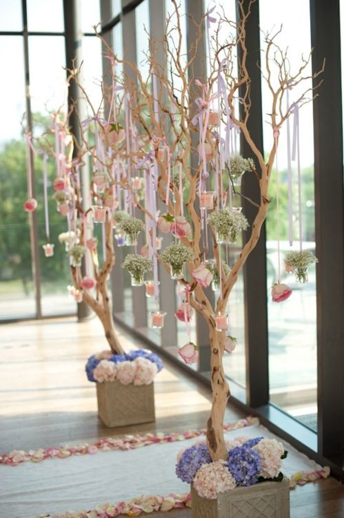 I love tree branches! And I love things hanging from tree branches!  | wedding, decor