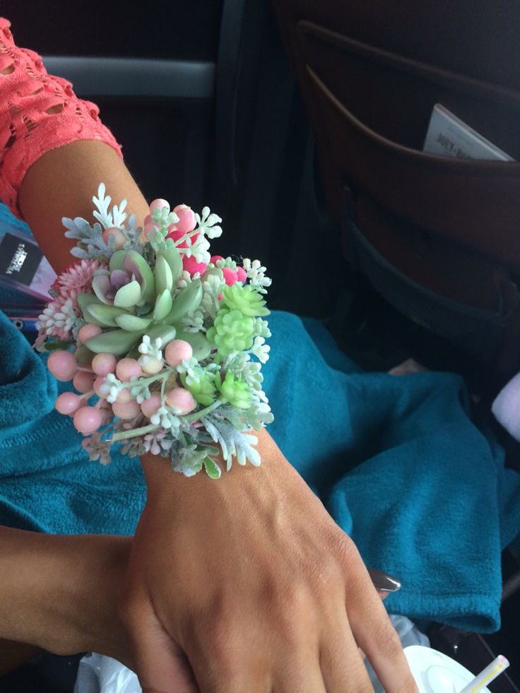 My Senior succulent prom corsage! I'm really proud! Turned out better than I expected.